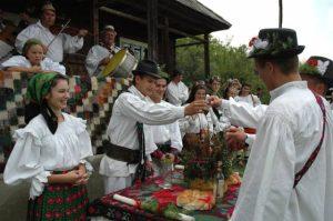 nunta-traditii-obiceiuri